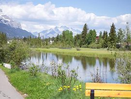 Luxury Canmore Vacations photos Exterior