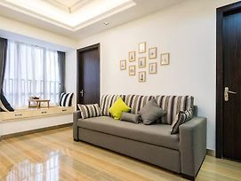 Beijing Road Business District Top End Homestay photos Exterior