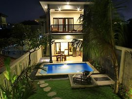 The Surya Kuta Villa photos Exterior
