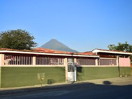 Hostel Arenal Sunrise photos Exterior
