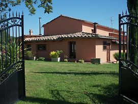 Cozy Holiday Home In San Casciano Dei Bagni With Pool photos Exterior