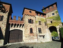 Historic Castle In Tagliolo Monferrato Amidst Vineyards photos Exterior