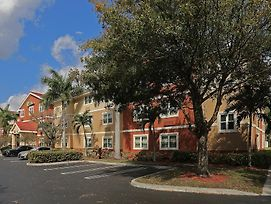 Extended Stay America - West Palm Beach - Northpoint Corporate Park photos Exterior