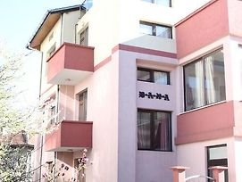 Guest House Dara photos Exterior