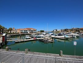 Marina Views At Mindarie Marina photos Exterior