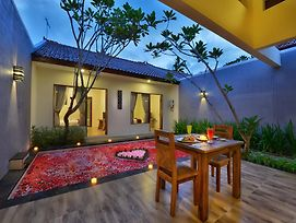 Yoga Ubud Villa photos Exterior