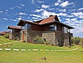 Great Rift Valley Lodge And Golf Resort photos Exterior
