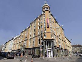Mercure Wien Westbahnhof photos Exterior