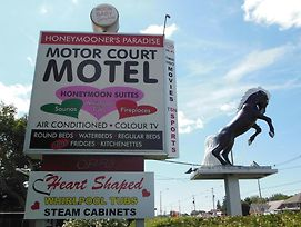 Motor Court Motel photos Exterior
