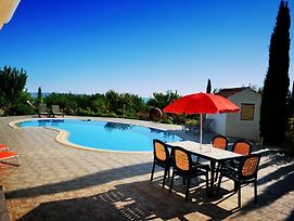 House With 5 Bedrooms In Paphos With Private Pool Enclosed Garden And Wifi 15 Km From The Beach photos Exterior
