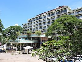 Yangon International Hotel Japan photos Exterior