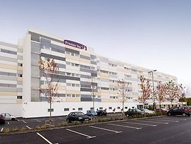 Premier Inn Manchester Airport photos Exterior