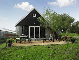 Cozy Holiday Home In Nieuwkoop Near Lake photos Exterior