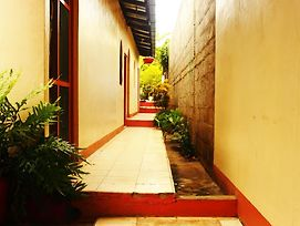 El Punche De Oro Guest House Hostel photos Exterior
