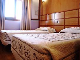 Hostal Toledano Victoria photos Room