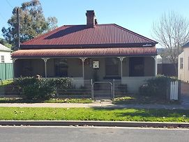 Browncoat Cottage Mudgee photos Exterior