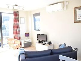Modern 1 Bedroom With Balcony In Wandsworth photos Exterior