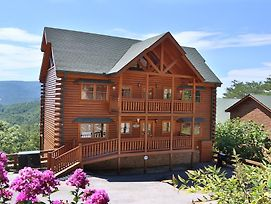 Paradise Mountain Pool Lodge Six Bedroom Cabin photos Exterior