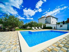 Family Friendly Apartments With A Swimming Pool Biograd Na Moru 8371 photos Exterior