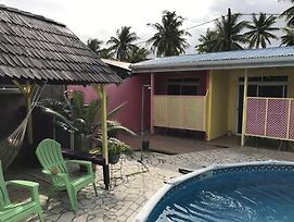 Pension Ariitere Huahine photos Exterior