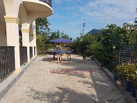 Talo'S Guest House photos Exterior