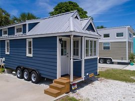Tiny House Siesta photos Exterior