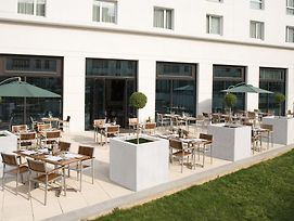 Courtyard By Marriott Paris Saint Denis photos Exterior