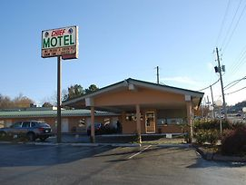 Chief Motel Fayetteville photos Exterior