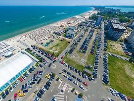 Summerland Serviced Apartments Mamaia photos Exterior