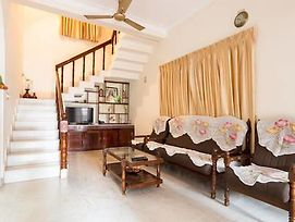 Renovated 4 Bed Holiday Home 1110 Don Bosco Cross Rd Vaduthala Ernakulam photos Exterior