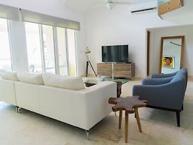 3Br / 3Ba Modern Paradise Loft Condo In Gated Community W/ Daily Housekeeping photos Exterior