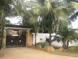 Kamsons Villa Holiday Home, Serena photos Exterior