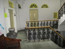 Udai Haveli Guest House photos Exterior