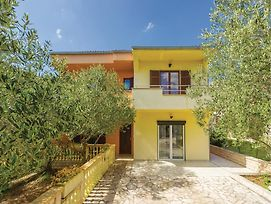 Four Bedroom Holiday Home In Zadar photos Exterior
