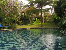 Tunjung Mas Resort Ubud photos Exterior