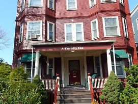 A Friendly Inn At Harvard photos Exterior
