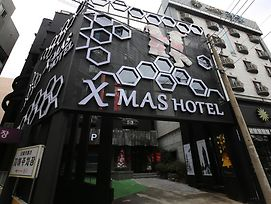 X-Mas Hotel photos Exterior