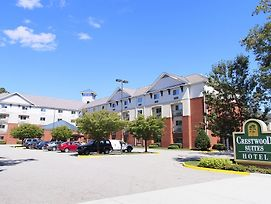 Crestwood Suites Of Newport News photos Exterior