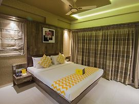 Fabhotel Regal Inn Pimpri Chinchwad photos Exterior