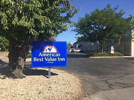 Americas Best Value Inn & Suites Boise photos Exterior