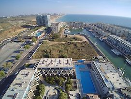 Israel Marina Village Garden Vacation Apartment photos Exterior