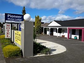Papakura Pioneer Motor Lodge And Motel photos Exterior
