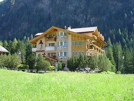Alpen Hotel Panorama photos Exterior