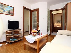 Lovely Sea View Apartments Bj photos Room