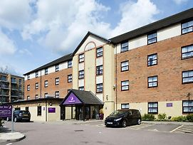 Premier Inn London Edgware photos Exterior
