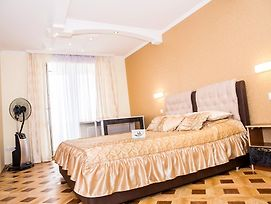 Vip Flat In Ternopil photos Exterior