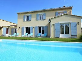 Spacious Villa In Vaison La Romaine With Swimming Pool photos Exterior