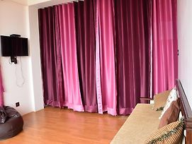 Well Furnished Studio Apartment Near Sanjauli photos Exterior