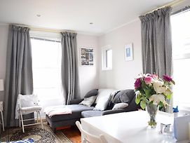 North London 2 Bedroom Flat With Roof Terrace photos Exterior