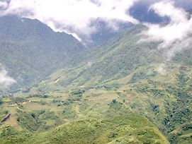 Mountain Clouds Sapa Hostel photos Exterior